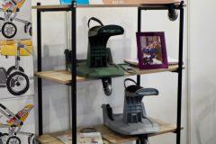 Kid- Sit - uniwersalna dostawka do wózka dostępna w wielu kolorach
