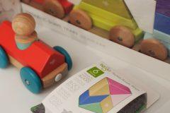 Drewniane klocki z magnesami dla najmłodszych Tegu