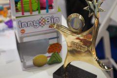 Zabawka InnyBin od Fat Brain Toys zdobyła  nagrodę Kids' Time Star