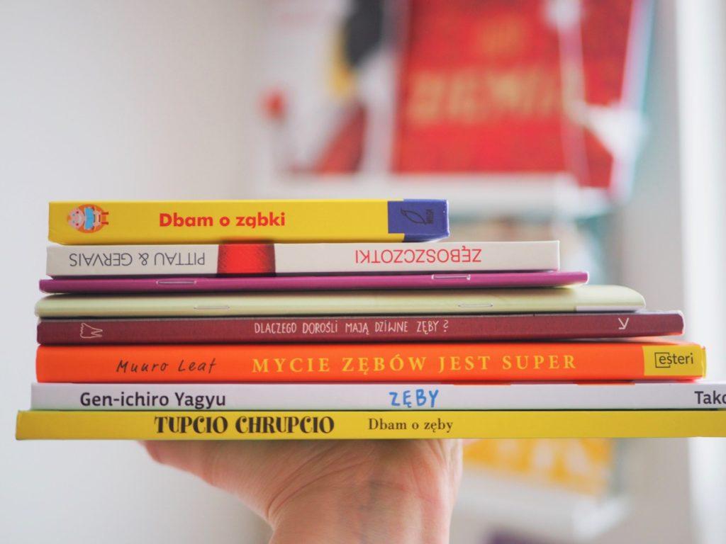 Książeczki o zębach dla małych pacjentów