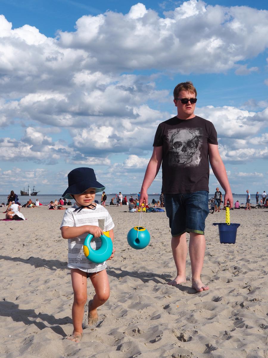 gdynia NASZA ULUBIONA MIEJSCÓWKA NAD POLSKIM MORZEM dzieci rodzina restauracja plaża trójmiasto plaża
