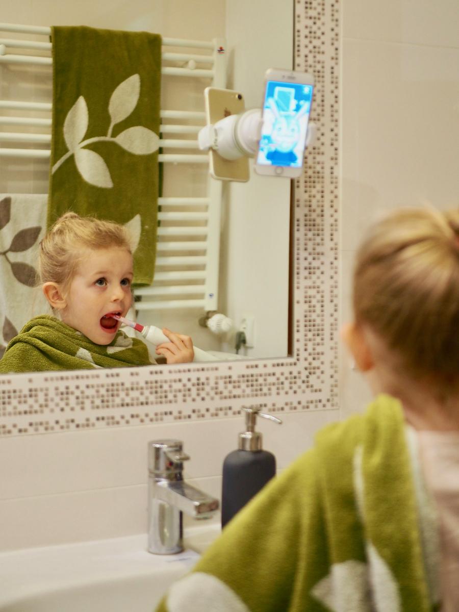 jak umyć dziecku zęby