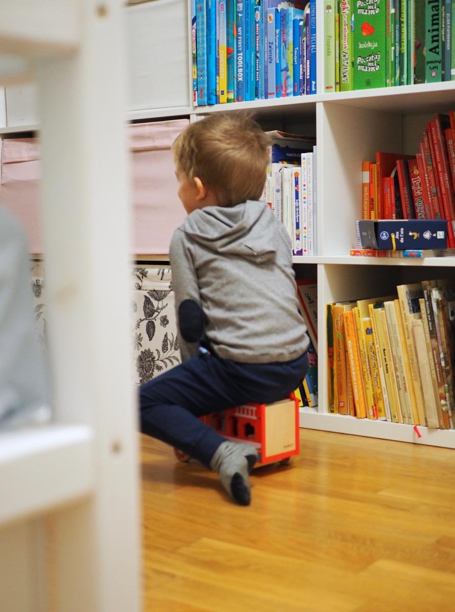 drewniane zabawki joueco kasa słodziaki