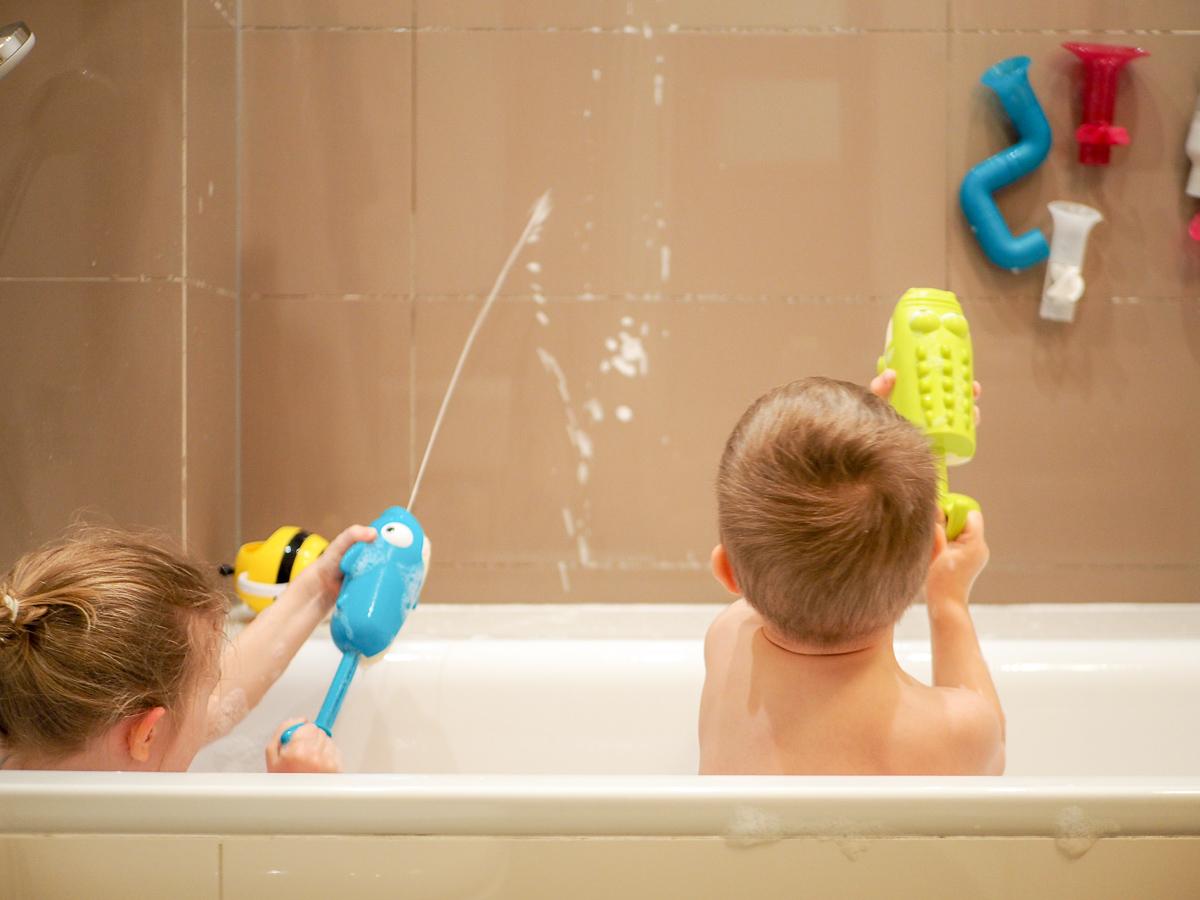 zabawki do kąpieli przegląd psikawka b.toys