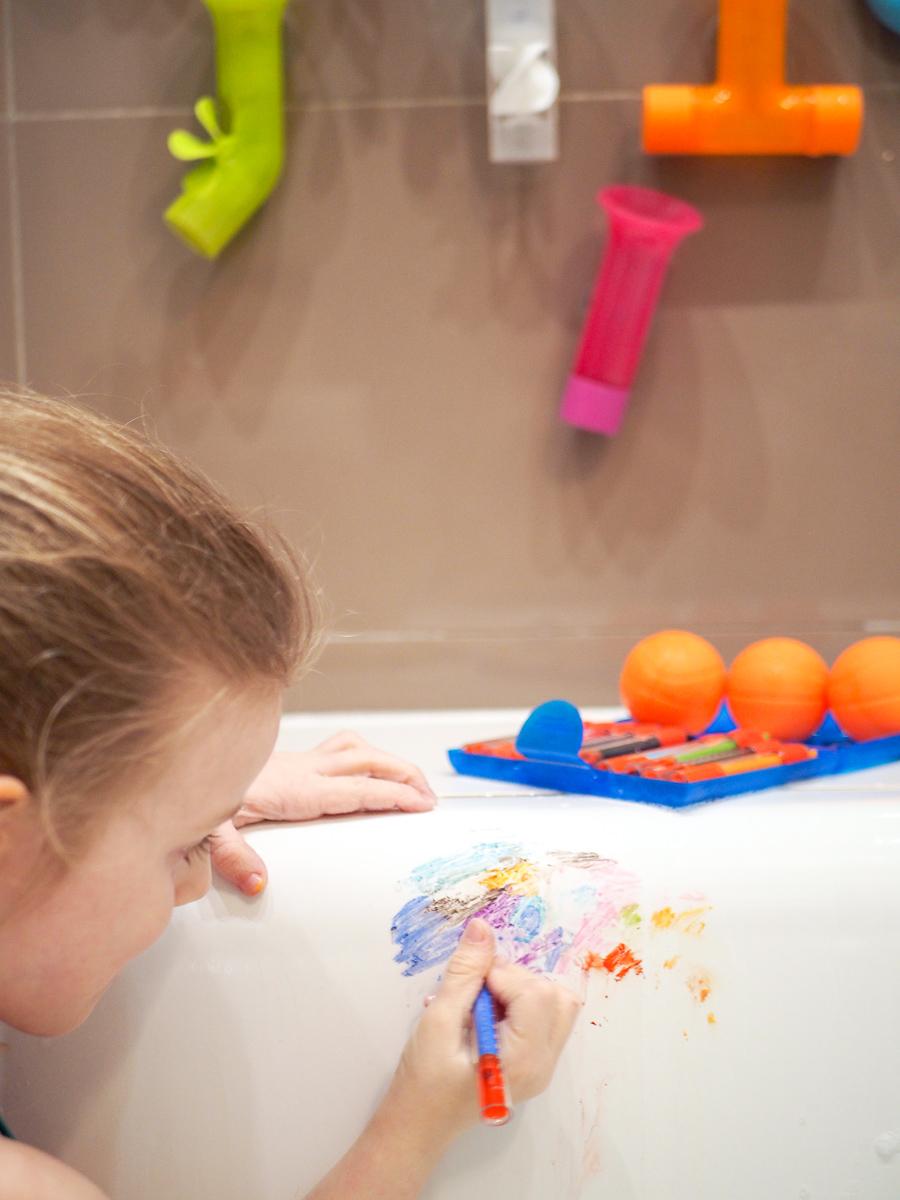 zabawki do kąpieli przegląd kredki do wanny