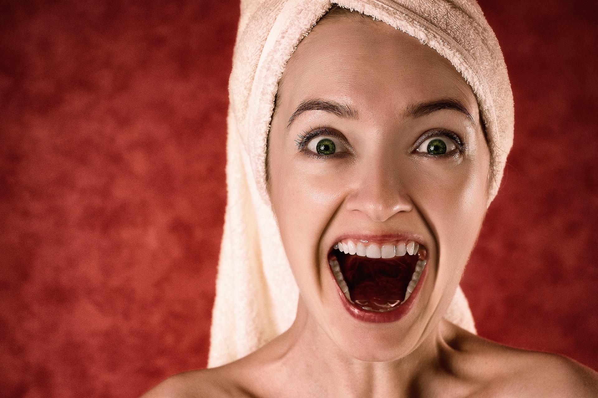 jak wybielić zęby? nakładki lampa dentysta