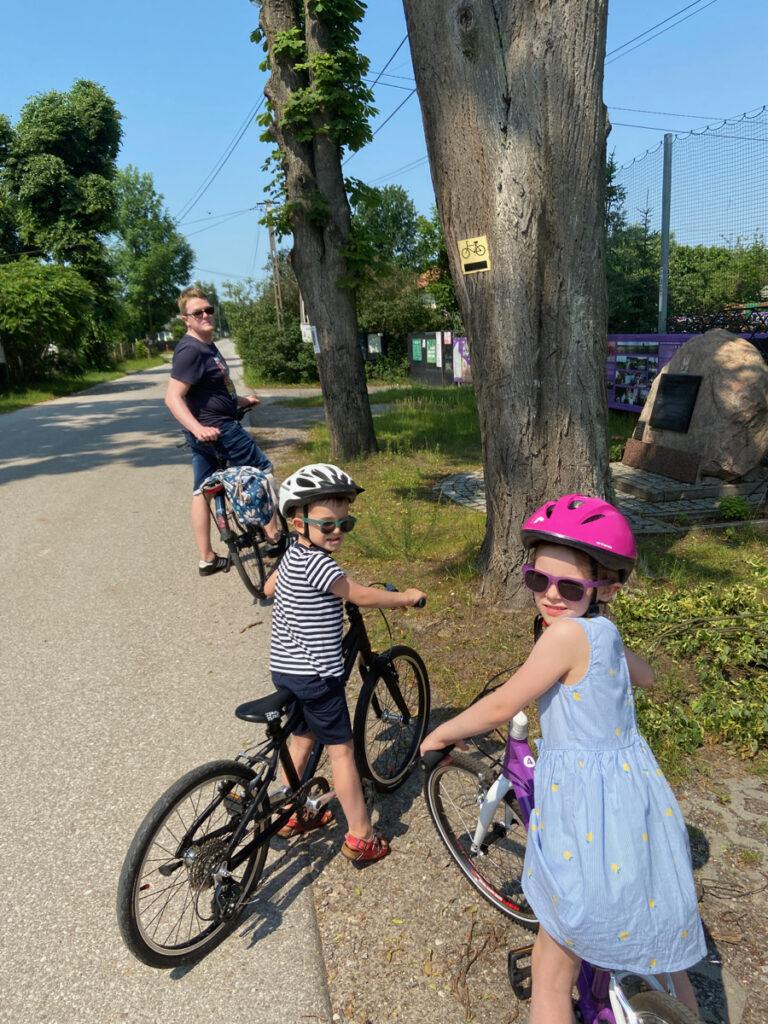 wycieczka rowerowa z dzieckiem warszawa gotowe trasy woom kubikes