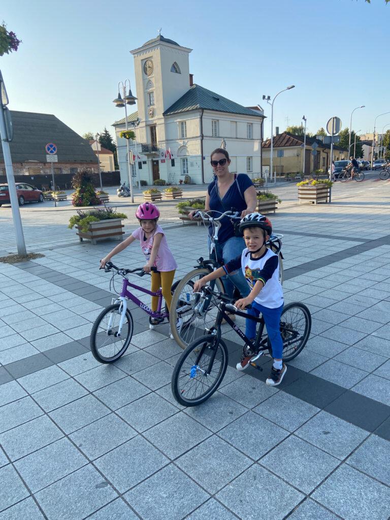 wycieczka rowerowa z dzieckiem warszawa gotowe trasy woom kubikes batavus piaseczno
